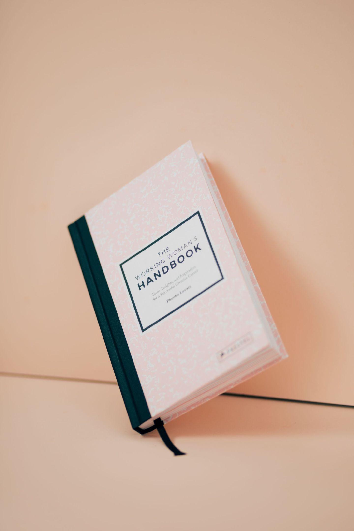 laurenbrittonloves-brittonloves-lifestyle-end-of-month-january-inspiration-tarot-card-reading-working-womans-handbook-spotify-february-inspiration
