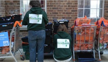 Dulwich Hamlet invite fans to bring foodbank contributions to their home game vs Brightlingsea, Sat, 9th Dec, 3pm