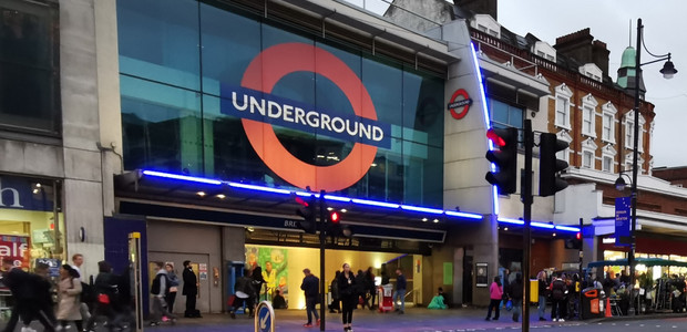 Brixton tube update: managed queuing system in the morning, exit only in  early evening, 14th Feb – early Mar 2020 – Brixton Buzz