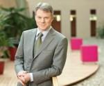 Magyar Telekom grants shares to CEO