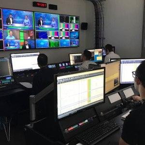 Taylor, Driss, Matt, Roman and Sean in Control room
