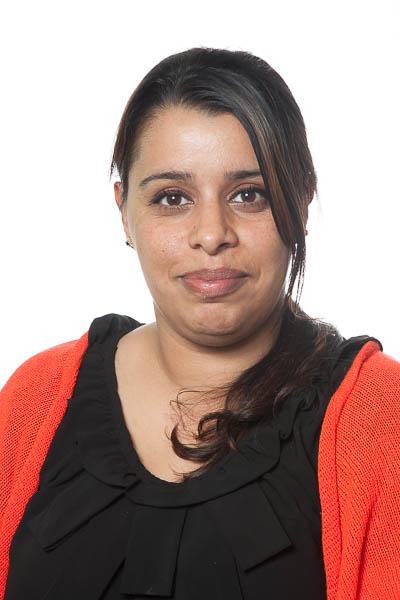 Mrs Begum<br>(3R LSA)