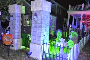 2015 - Halloween Decorating Contest 161