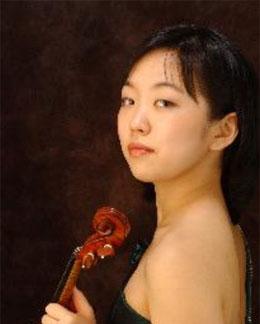 Jinyeong Jessica Lee, violin