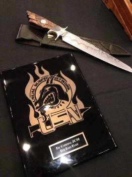 Award - best fixed blade
