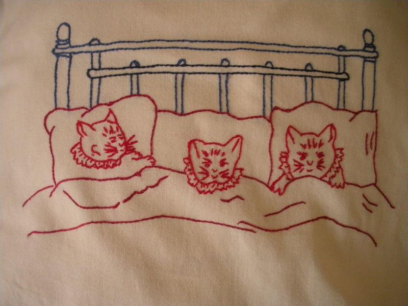 broderie point de tige rouge