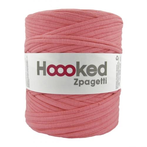 pelote hooked