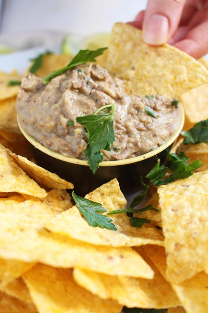 Creamy Vegan Lentil Hummus - Easy, Rich, Vegan Lentil Hummus Recipe. With a twist !