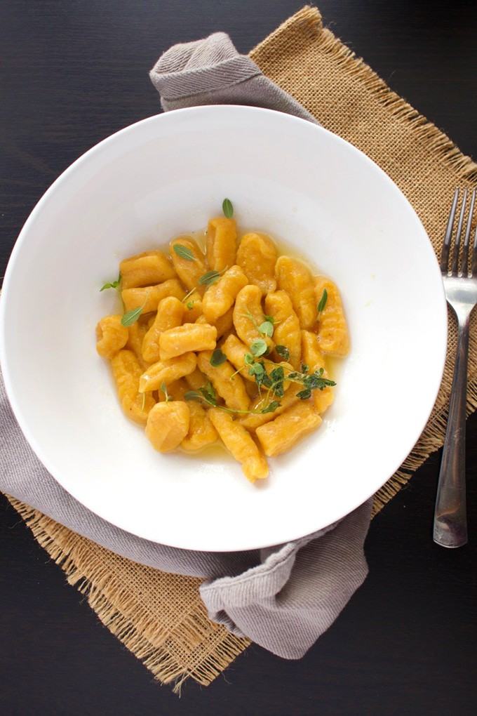 Roasted Butternut Squash Gnocchi - This vegan pasta recipe will change the way you used to think of Gnocchi. It's fluffy, tasty, and got that a nice twist that'll keep you coming back for more.