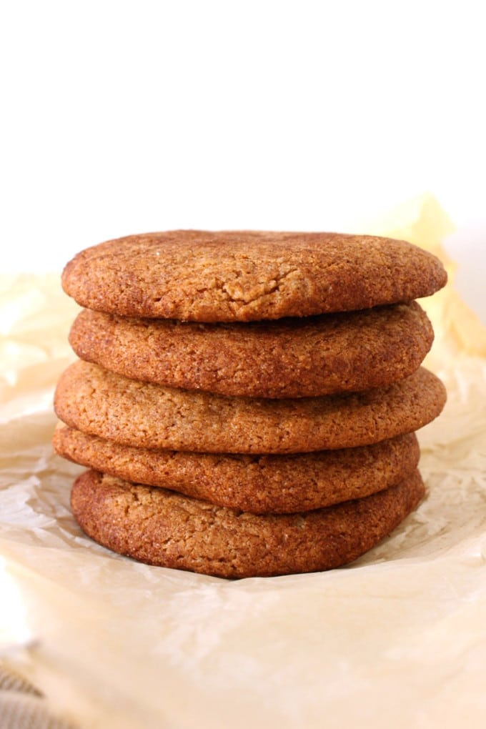 Vegan Apple Butter Cookie Recipe - This is prehaps the cookie to make for Fall. It's flavorful, chewy and got a Canadian twist in it.