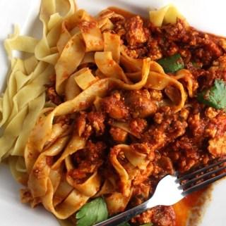 Easy & Yummy Vegan Bolognese