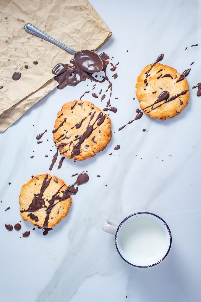 Keto Chocolate Chip Cookies Broke Foodies