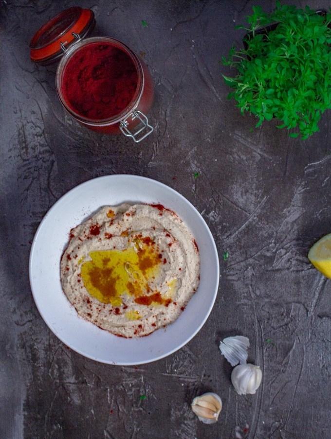 "Low-Carb Cauliflower Hummus – Keto Vegan Recipe   This is an easy ""hummus"" that takes just around 15 minutes to whip up and serve. #ket #vegan #veganketo #ketorecipes #hummus #easyrecipe"