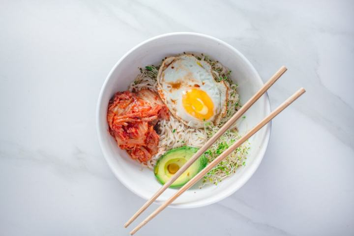 Spicy Keto Breakfast Noodles   This easy and quick low-carb noodle bowl is made with a few ingredients and ready in less than 10 minutes.