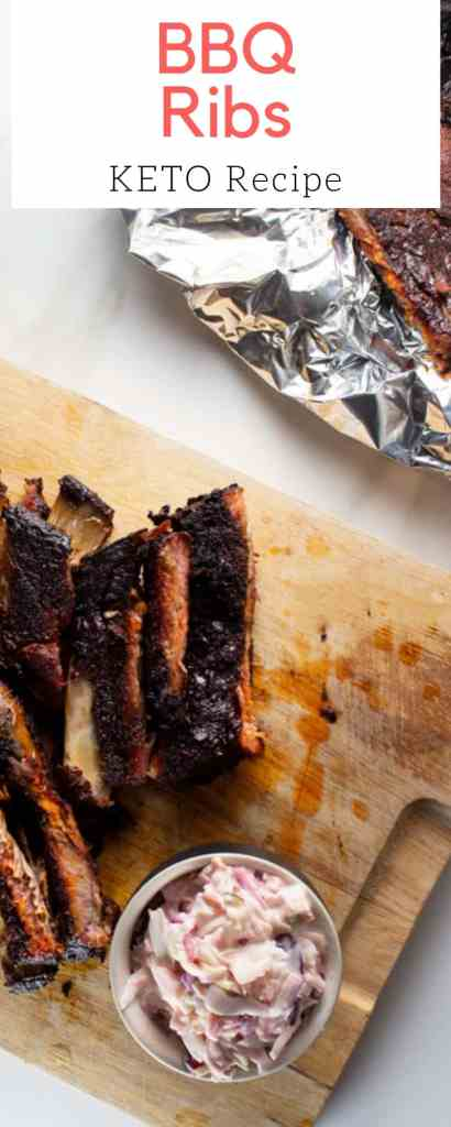Step-by-step guide to help you make the best bbq ribs this summer. Bonus: We share with you our best tips to make ribs even if you don't have a bbq. | Brokefoodies.com | #keto #bbq #barbecue #ribs #summer
