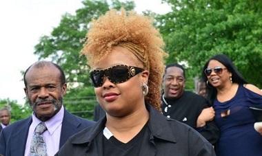 da-brat-at-funeral