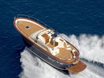 Embarcación a motor Apreamare 100 open