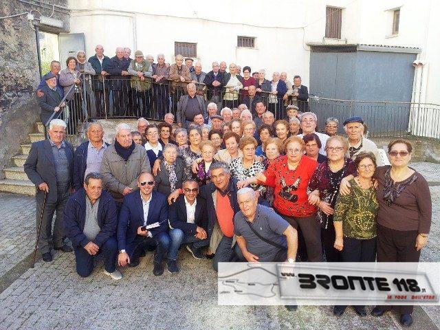 2015watermarked-Bronte - anziani alla festa di San Marino