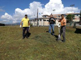 MALETTO: PULIZIA DEGLI SPAZI VERDI I FORESTALI IN CAMPO E IL SINDACO RINGRAZIA