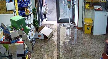 BRONTE: NUBIFRAGIO CON POLEMICHE «NEGOZI ALLAGATI, POCHE RISPOSTE»