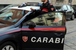 BRONTE: RIFUGIATO DELLO SPRAR MINACCIA L'ASSISTENTE SOCIALE E DANNEGGIA L'AUTO DEI CARABINIERI