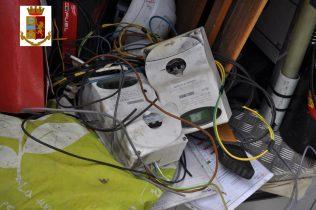 ADRANO: 7 DENUNCIATI PER FURTO ENERGIA ELETTRICA, E UNO PER MINACCE