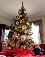 A Storybook Christmas at Bartow Pell Mansion