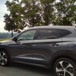 Checking out the 2016 Hyundai Tucson