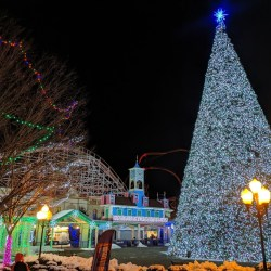 Christmas Fun in Connecticut: Holiday Lights & Santa Express
