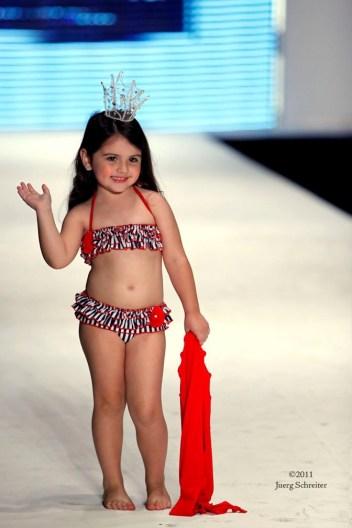 Little Girl 3-28i