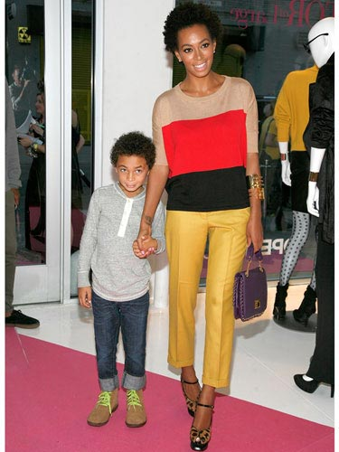 Solange-Knowles-Cropped-pant-lgn