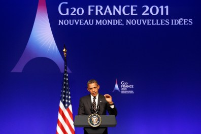 U.S. President Barack Obama addresses during a news conference on the second day of the G20 Summit in Cannes November 4, 2011. REUTERS/Christian Hartmann (FRANCE  - Tags: POLITICS BUSINESS)