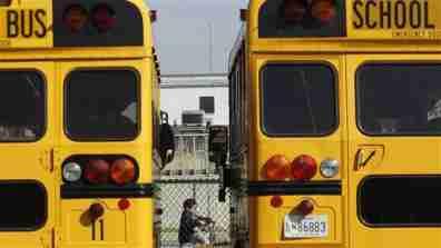 school_bus003_16x9