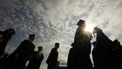 college_graduates003_16x9