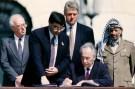 Olso Peres signing