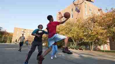basketball001_16x9