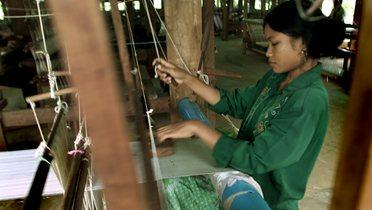 cambodia_worker001_16x9