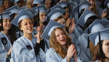 graduates003_16x9