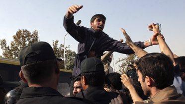 iran_protests003_16x9