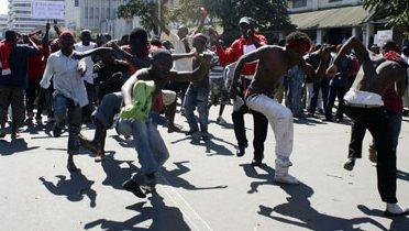 malawi_protest001_16x9