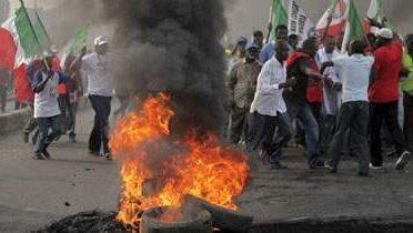 nigeria_protest001_16x9