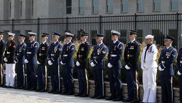 pentagon_soldiers001_16x9