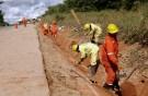 peru_roadworkers001