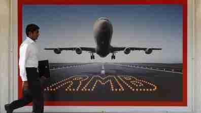 rmb_flight_001_16x9
