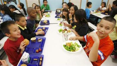 school_lunch001_16x9