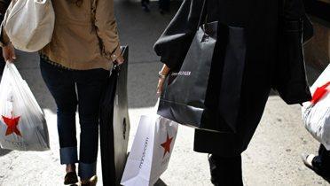 shopper003_16x9