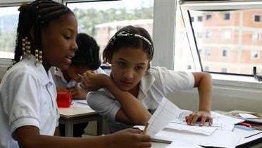 venezuela_school001_16x9