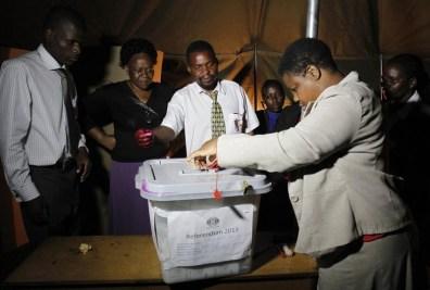 voter_zimbabwe001