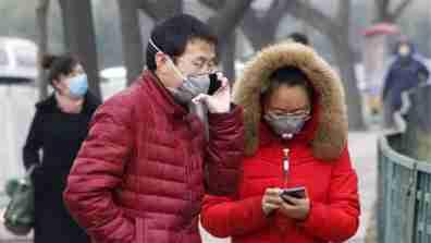 chinapollution_pedestrians_001_16x9