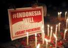 indonesia_placard_attack